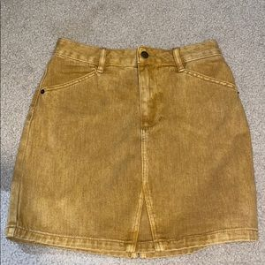Guess mustard skirt new with tags size small